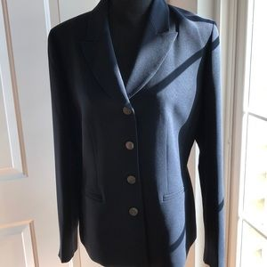 Casper navy blue skirt suit. Darting & faux pocket